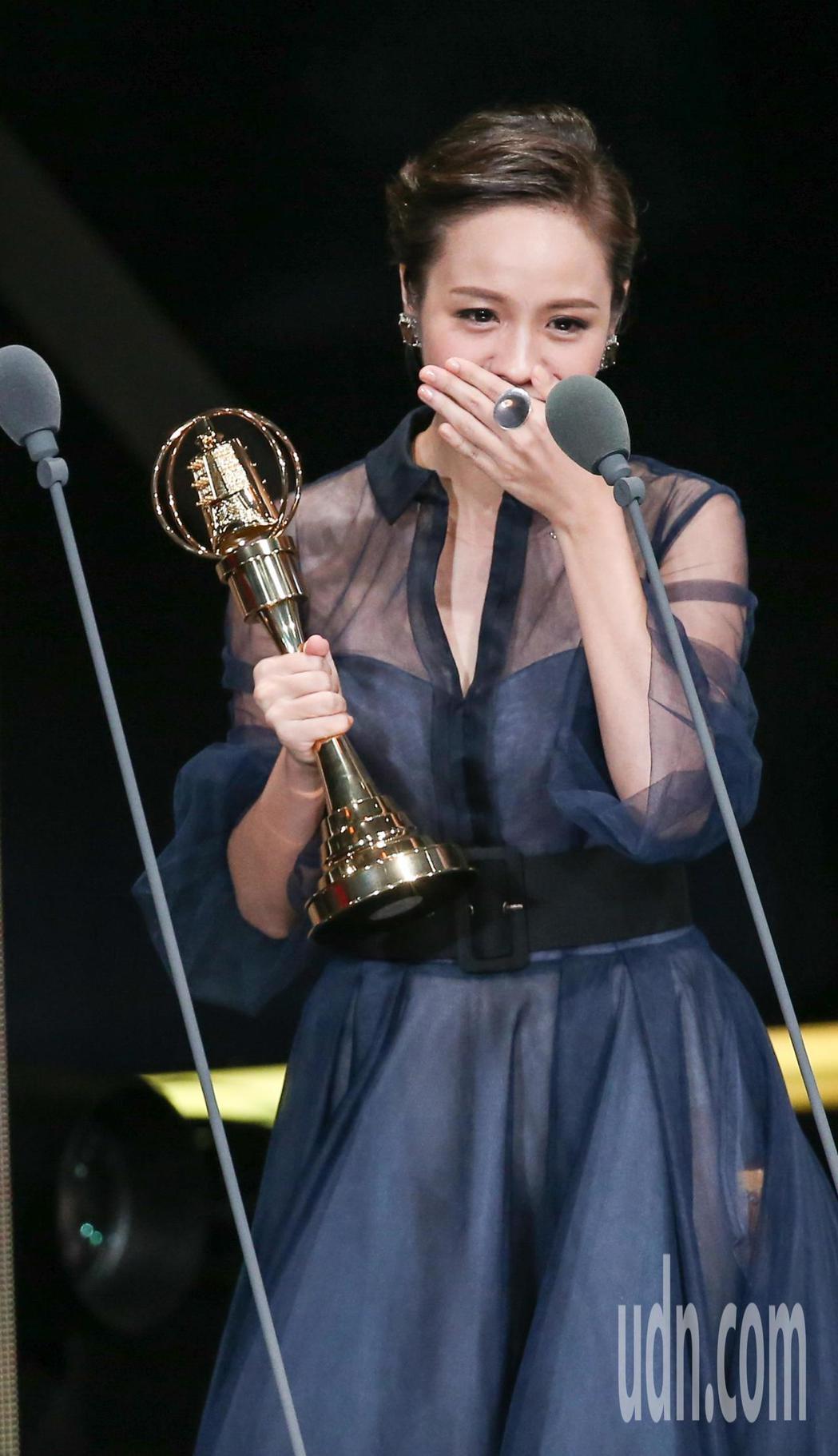 黃姵嘉獲戲劇節目女主角獎。記者林澔一/攝影