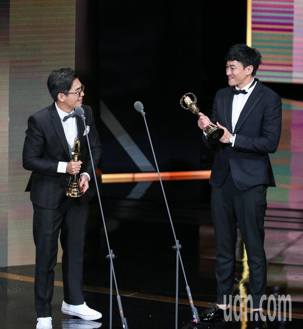 何潤東(右)獲戲劇節目導演獎。記者林澔一/攝影