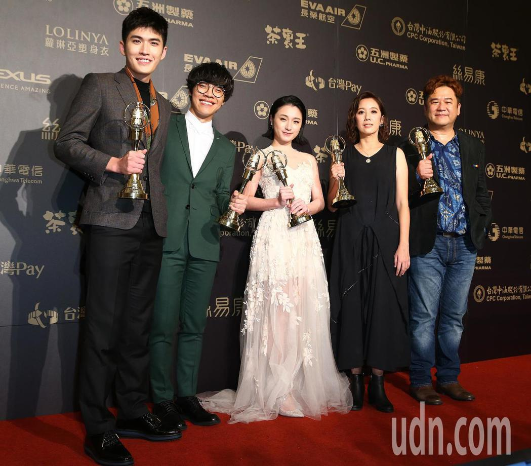 第五十三屆金鐘獎,花甲男孩轉大人獲戲劇節目獎。記者王騰毅/攝影