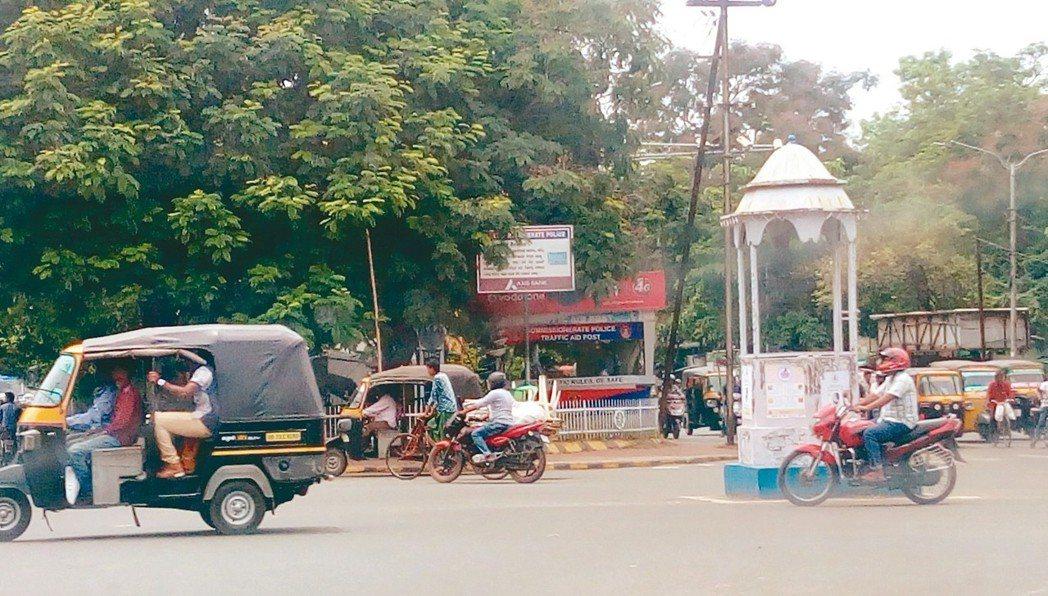 印度東部奧里薩州首府布巴內什瓦爾是印度大力輔導的智慧城市之一。