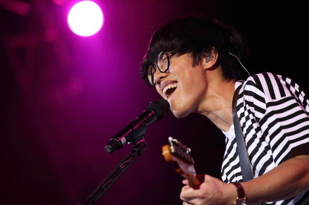盧廣仲將在明年4月27日舉辦「大人中」演唱會。圖/添翼提供