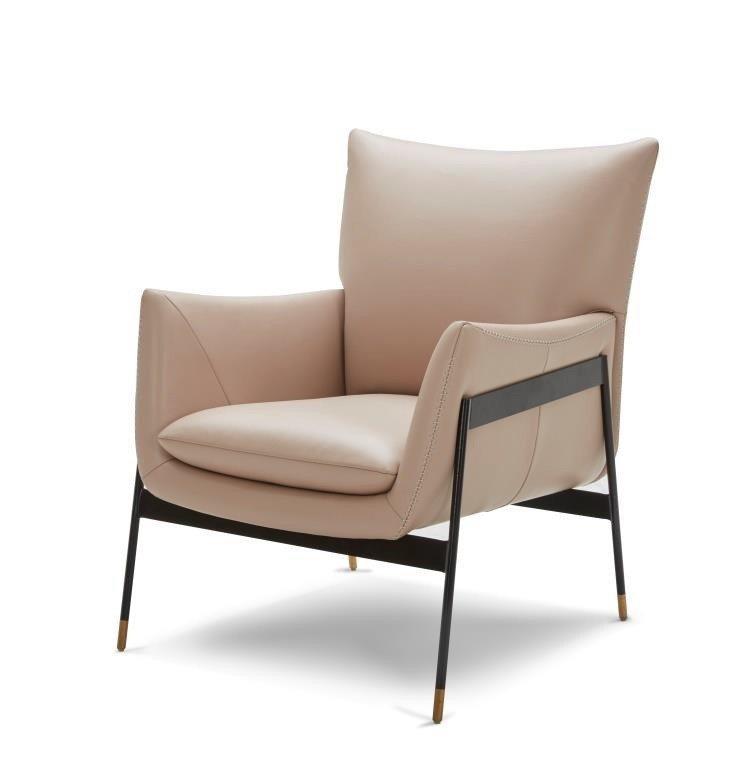 伊凡單椅全牛皮(藕粉),原價26,500元、特價21,200元。圖/HOLA特力...