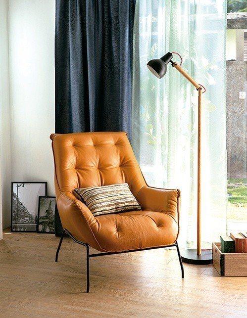 達芬奇單椅全牛皮,原價26,500元、特價21,200元。圖/HOLA特力和樂提...