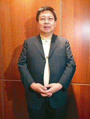 威剛董事長陳立白