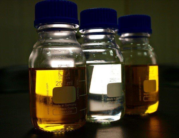 無氰貴金屬剝離液。 圖/欣偉提供
