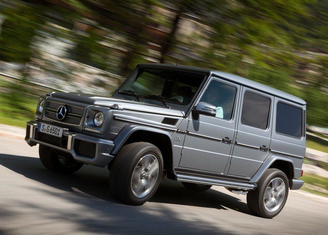 使用V12雙渦輪的Mercedes-AMG G65不只能越野,動力更是強悍。 摘...