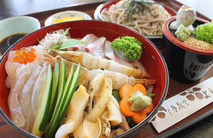 ▲よし乃や的海鮮丼。(圖/京都海旅官網)