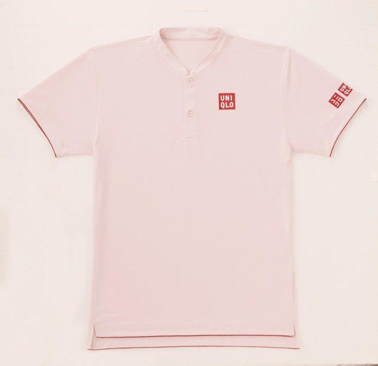 費德勒上海勞力士大師賽同款球衣,1,490元。圖/UNIQLO提供