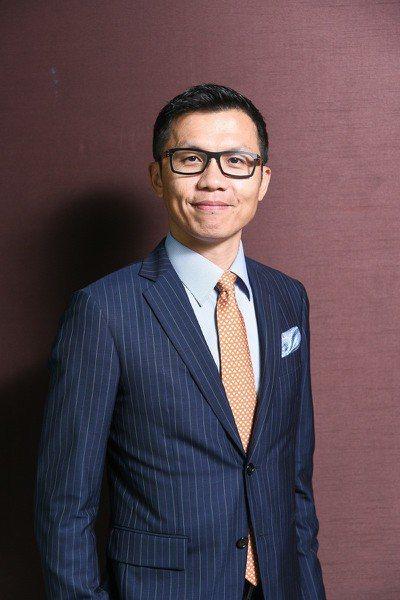 瑞銀智慧財富管理部門執行副總裁顏明宏說,部分銀行提供的財管或私人銀行服務,其實跟...