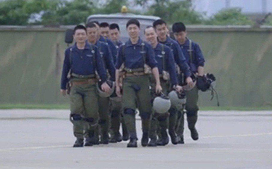 中共官媒證實轟-20轟炸機研發取得重大進展。 圖/截自央視