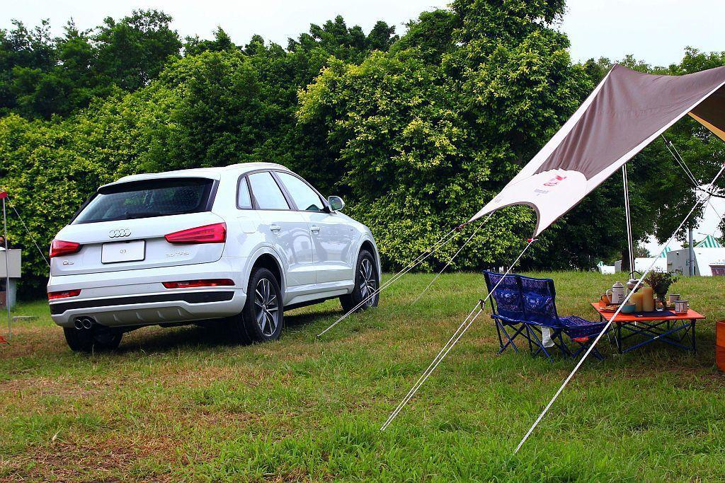 原Audi Q3 30 TFSI加上5項價值近40萬的配備,現在只需要178萬元...