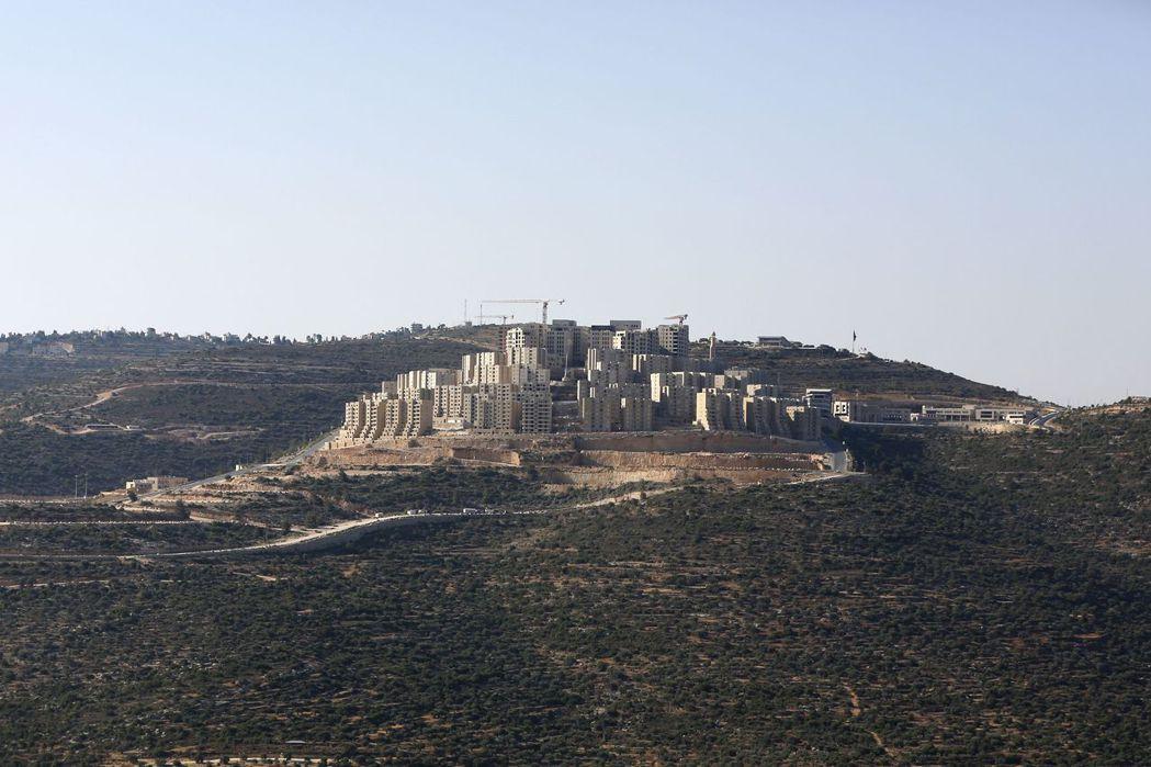 由巴勒斯坦裔美國富豪馬斯里(Bashar Masri)及卡達資金投入興建的大型新...
