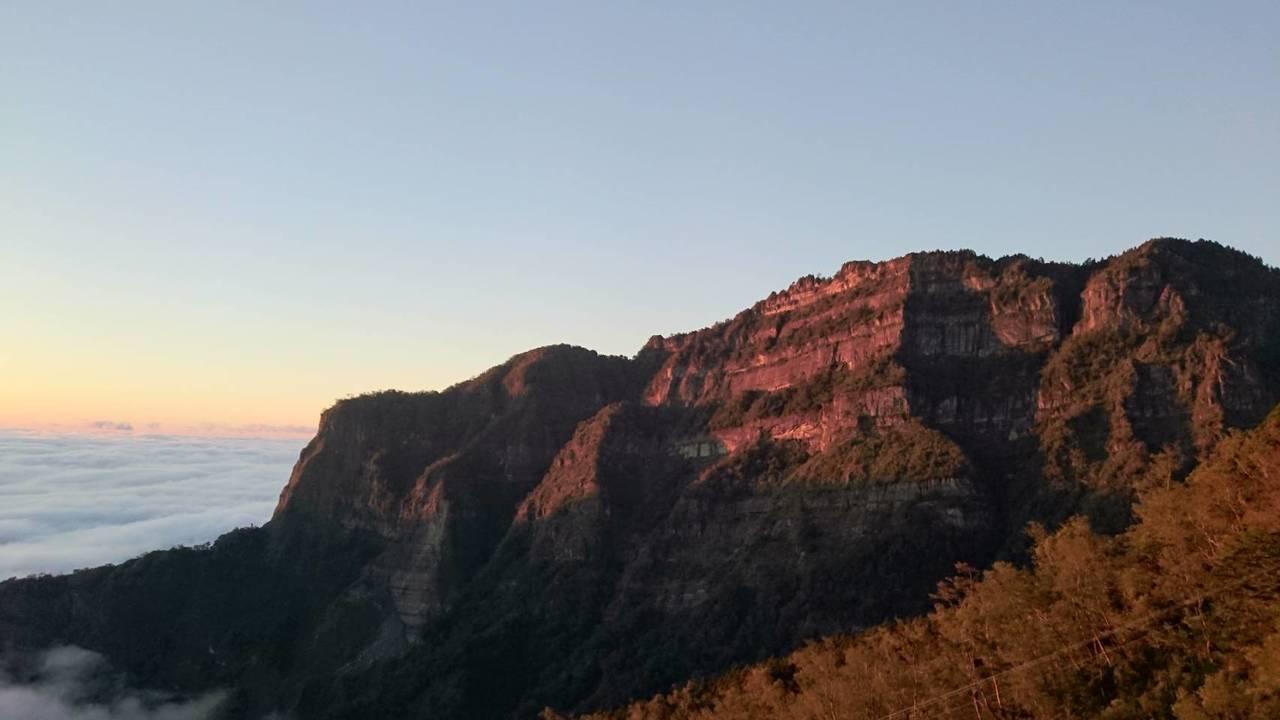 大塔山是鄒族的聖山。圖/戴岳樵提供