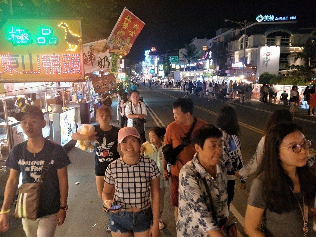 墾丁大街夜市。 聯合報系資料照/記者潘欣中攝影
