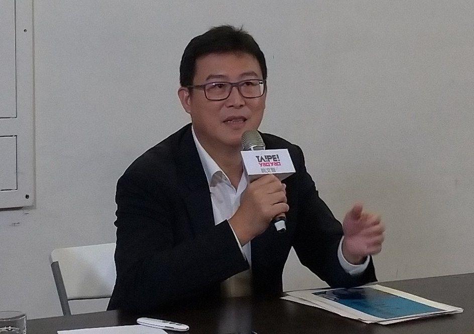 民進黨台北市長參選人姚文智說,所有藝術創作、流行文化都應下功夫了解,不是拿起麥克...