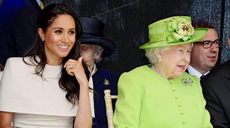 伊莉莎白女王(右)的孫子女們今年喜事連連。 (路透)