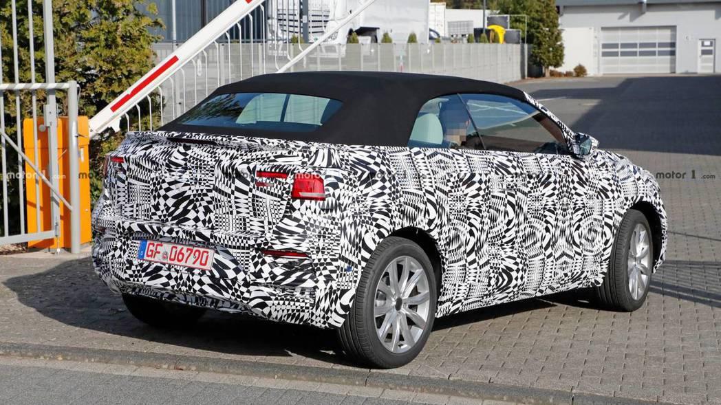 全新Volkswagen T-Roc Convertible預計2020年問世。...
