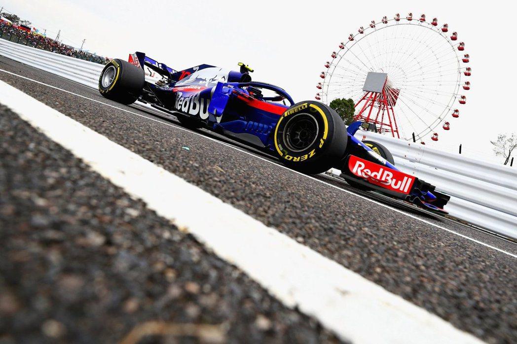 日本鈴鹿賽道是Honda全新動力單元的第一場完整賽事。 摘自Toro Rosso