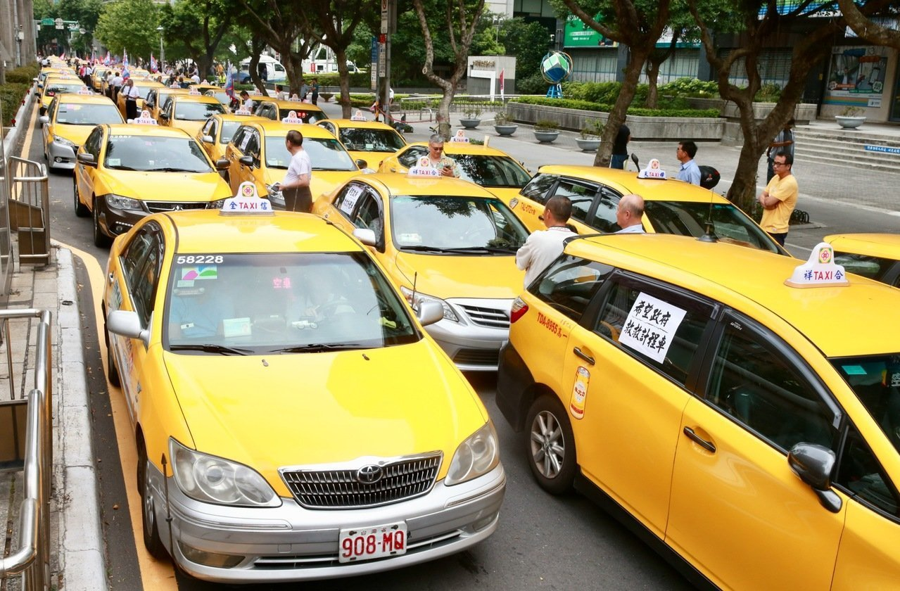 計程車醞釀再發起抗爭活動。圖/聯合報系資料照片