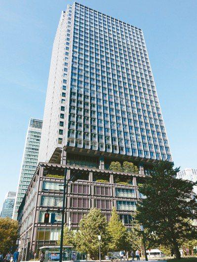 「新丸之內大樓」是從地下1樓到7樓的商業設施。 記者張芳瑜/攝影