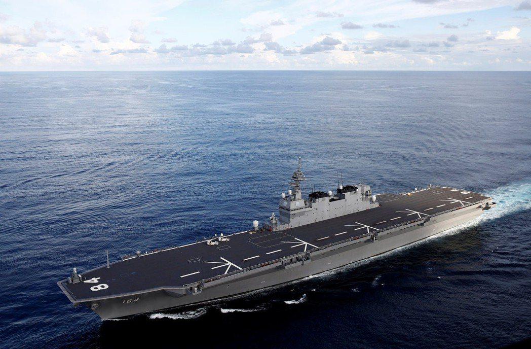 日本直升機護衛艦「加賀號」去年服役,上月前往印度洋地區參加聯合軍演。 (路透)