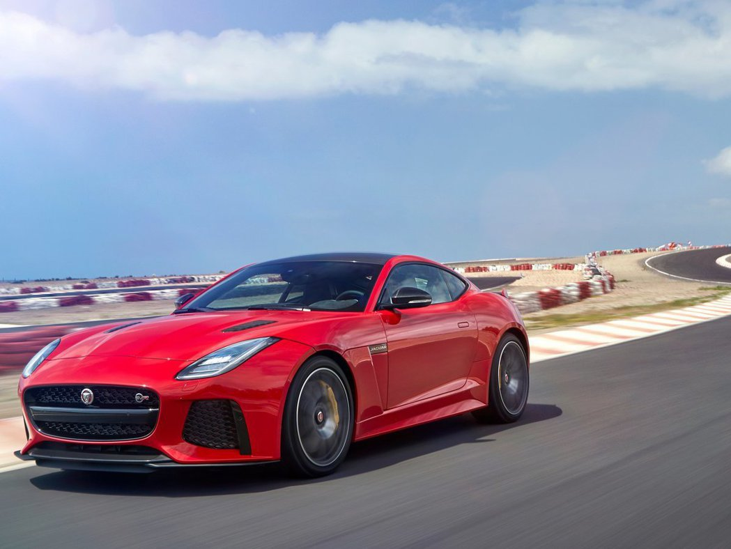F-Type目前動力配置有L4、V6、V8三種引擎規格。 摘自Jaguar
