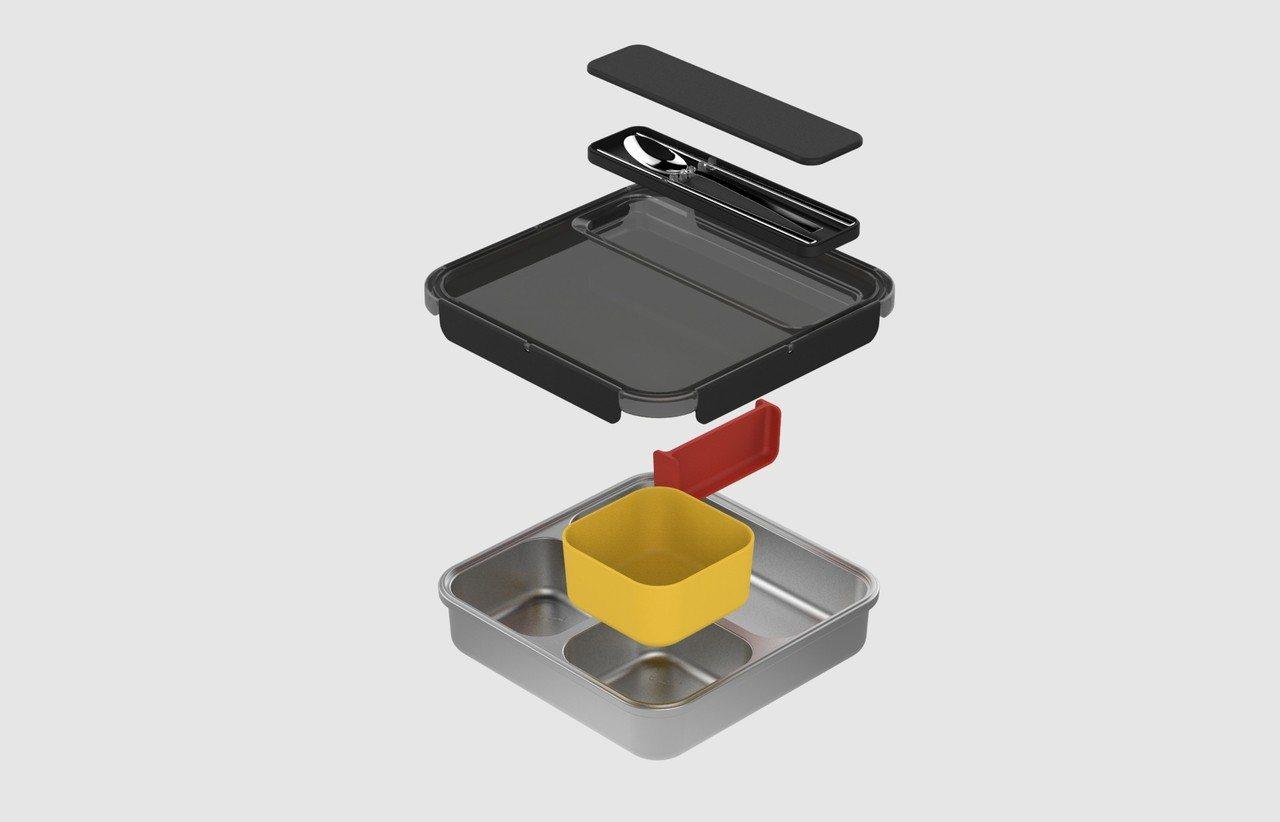 謝榮雅設計的動態餐盤具有強烈的機能性,方便學童日常使用(圖片來源=灃食教育基金會...
