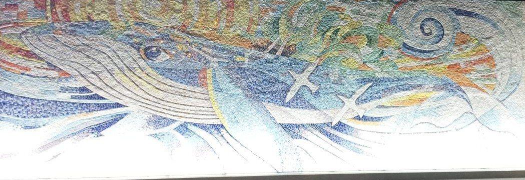 位在宜蘭縣羅東鎮的東光國中,最近完成新門面,在長達10.45公尺、高3.44公尺...