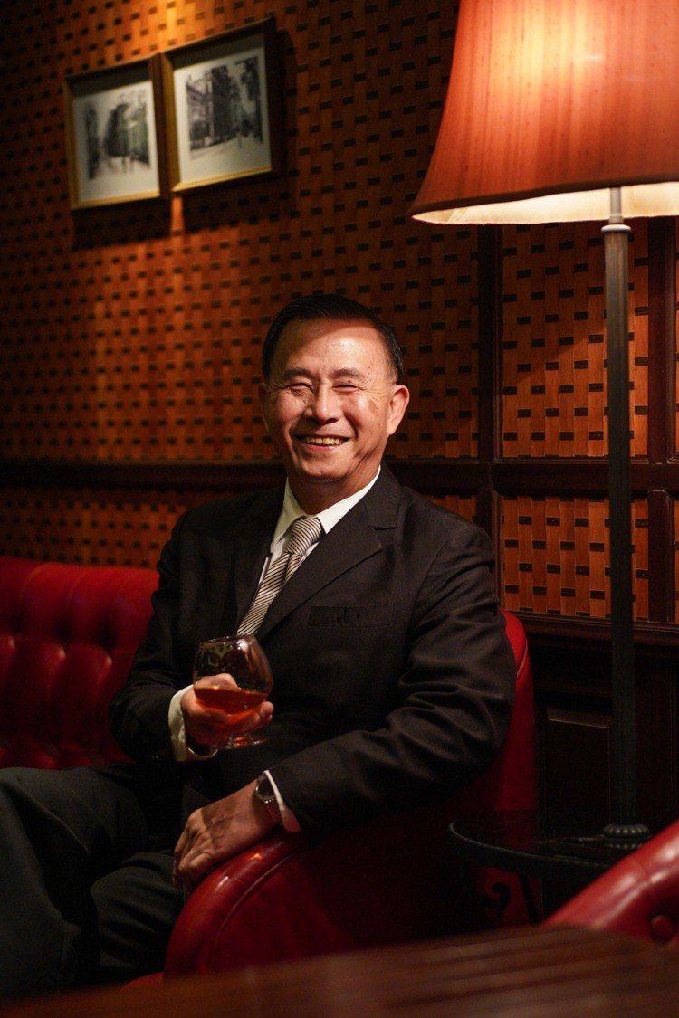 已經於占美廚房任職25年的經理Ricky。圖/香港旅遊發展局提供