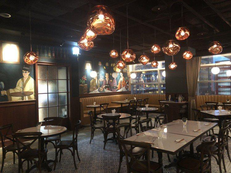 新光三越信義A9六樓的Packie銀杏川酒菜館,裝潢別有風味。圖/新光三越提供