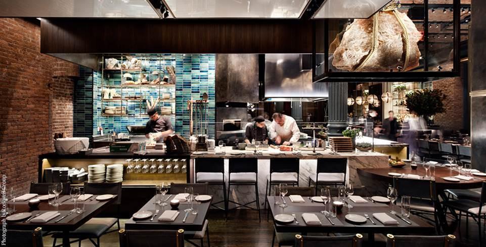 微風信義47樓將引進來自美國的「Chefs Club」,主打匯聚各國的名廚,享受...