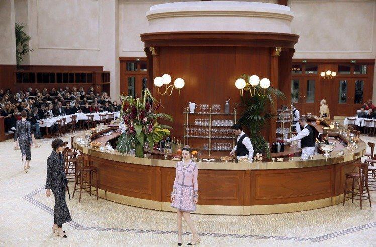 2015年香奈兒小酒館。(法新社)