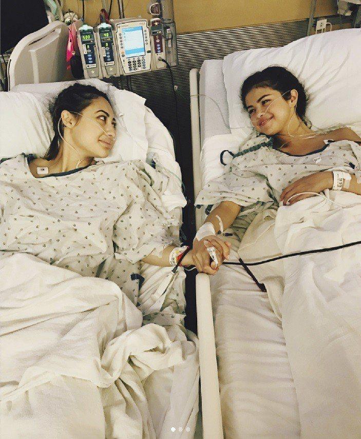 席琳娜曾經接受好友捐腎才能保住性命。圖/摘自Instagram