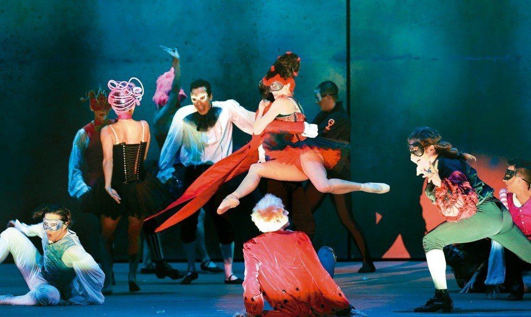 音樂劇在台熱度攀升,繼「鐘樓怪人」、「羅密歐與茱麗葉」後,經典法劇「搖滾莫札特」...