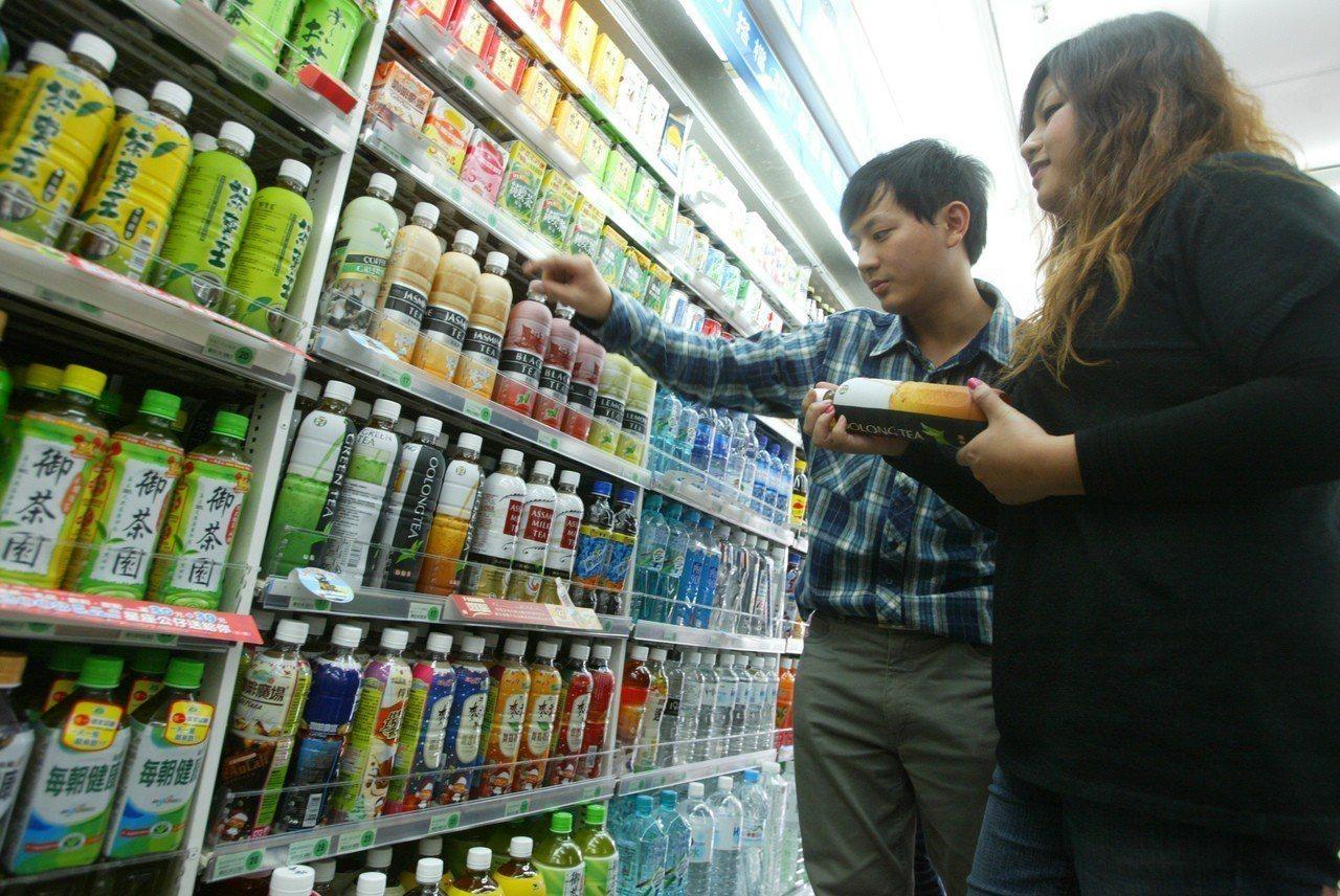 日本人對於台灣有甜的綠茶、烏龍茶覺得訝異。圖/聯合報系資料照