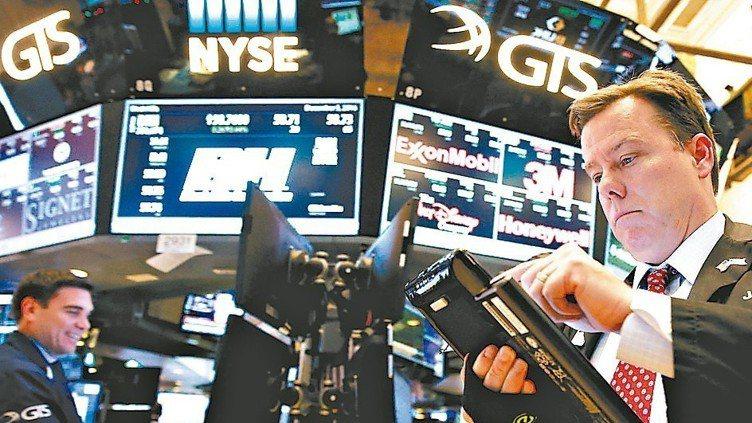 國際金融本周波動加劇。法人表示,在市場震盪未歇時,投資布局上更需著重波動管理,全...