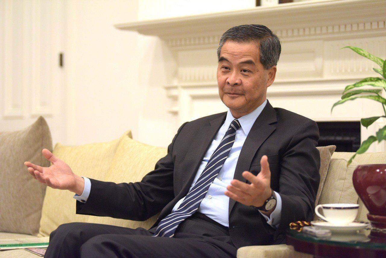 傳梁振英下屆香港特首選舉捲土重來。 中新社