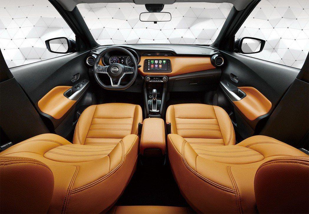 NISSAN KICKS具備亮眼的都會時尚外型及全方位智行科技,與車主一起「給世...