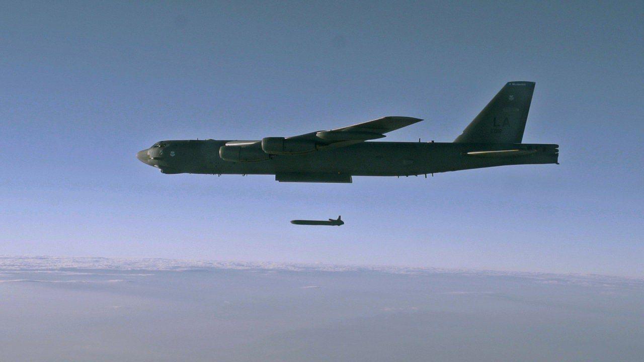 美軍B-52H 遠程戰略轟炸機。路透資料照