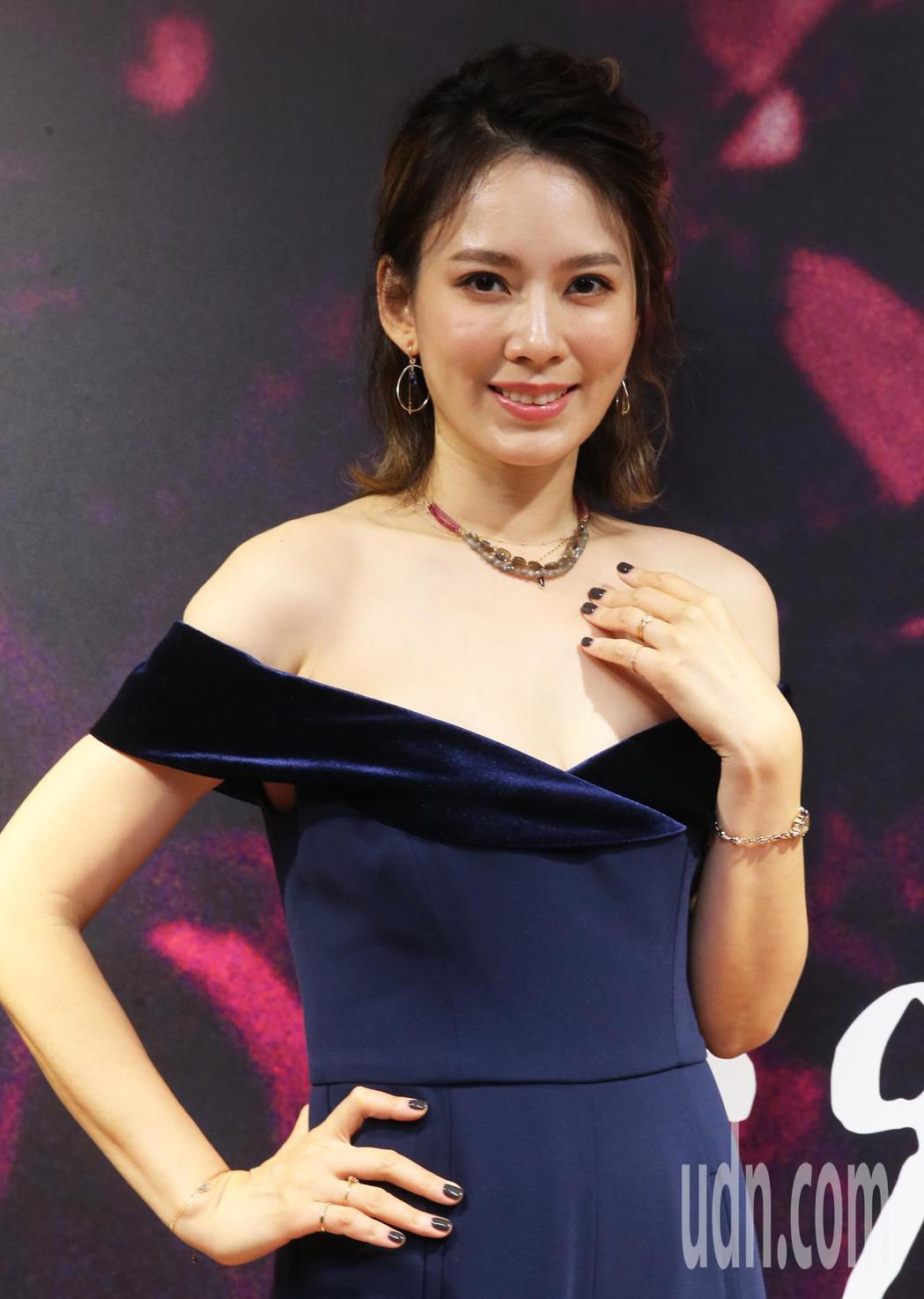 藝人Melody 今天出席日本輕珠寶agete冬季新品發表會擔任嘉賓。記者徐兆玄