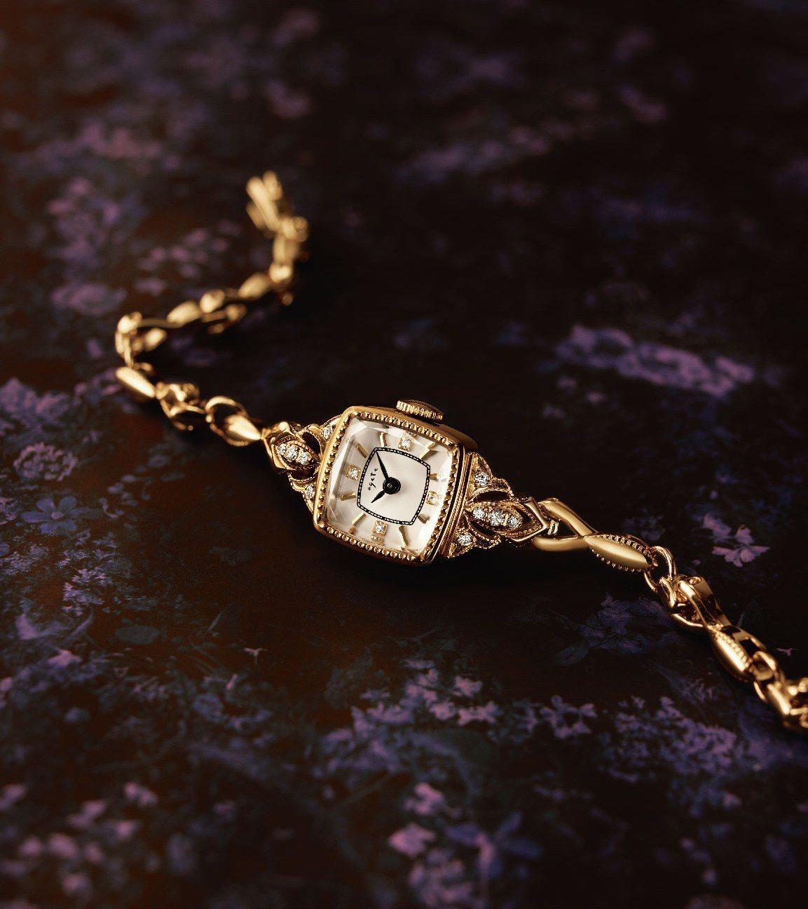 冬季限定手表,售價47,500元。圖/agete提供