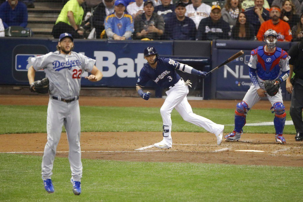 克蕭(左)被擊出全壘打。 美聯社