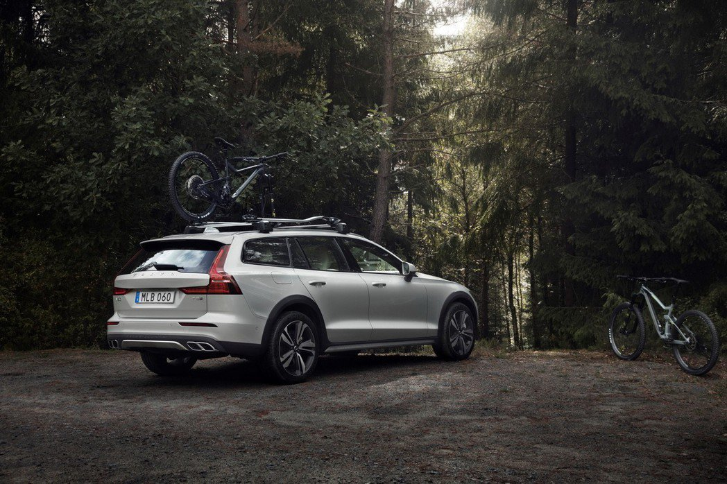 全新Volvo V60 Cross Country。 摘自Volvo