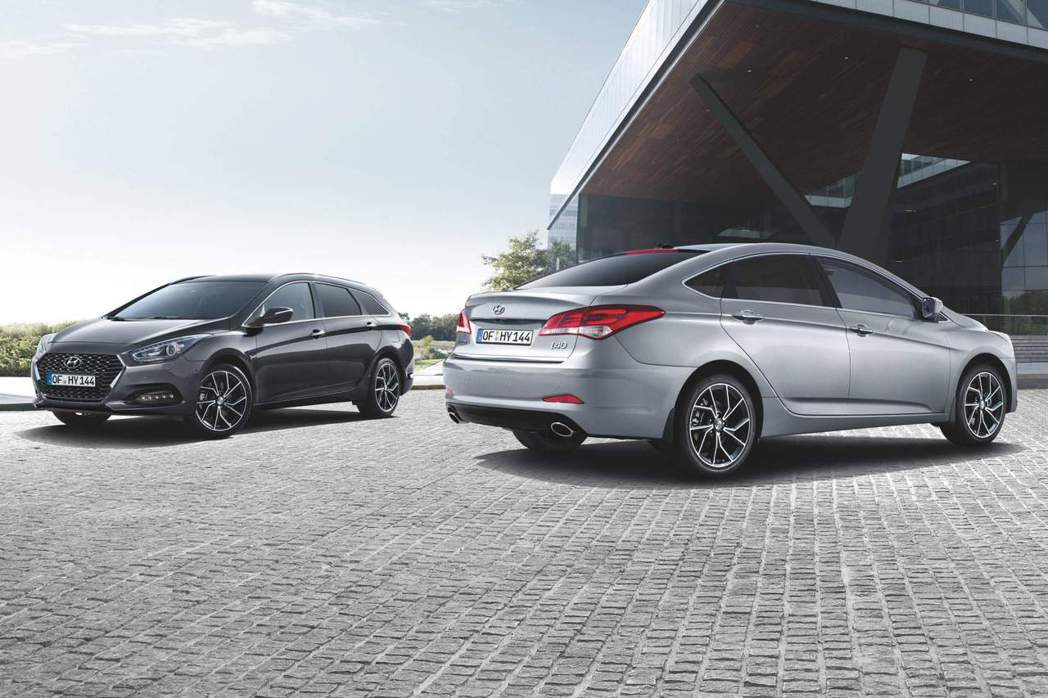 小改款Hyundai i40 Sedan/Wagon日前於官網正式亮相。 摘自Hyundai