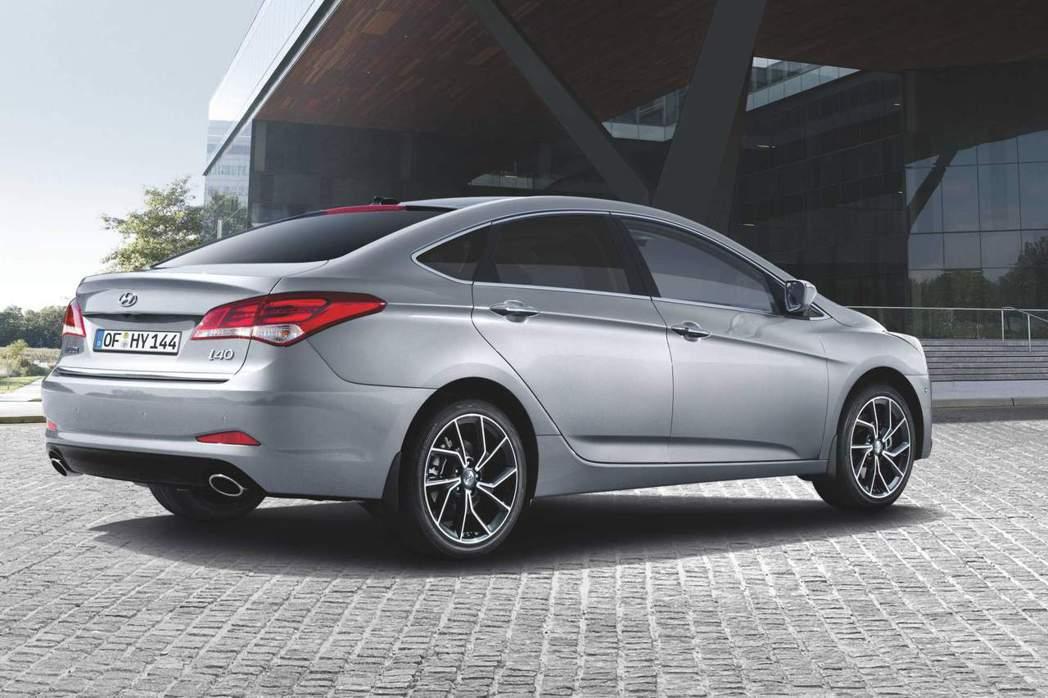 小改款Hyundai i40 Sedan。 摘自Hyundai