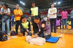 竹縣辦千人CPR+AED活動 危急時把握黃金搶救時間