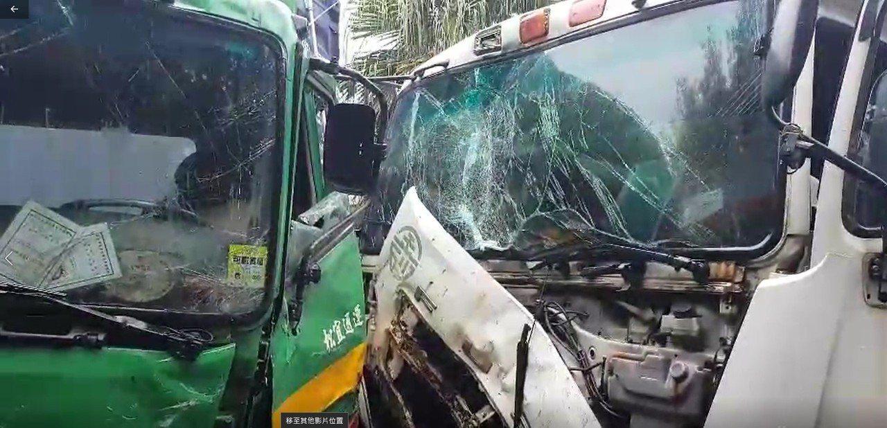 基隆市中山四路仙洞巖附近路路,今天上午11點多發生兩輛聯結車對撞的車禍。記者游明...