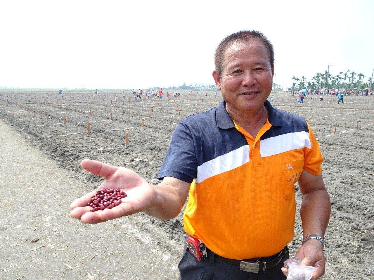 以有機米栽植獲神農獎的林清源,是「老鷹紅豆」的重要推手之一。記者潘欣中/攝影