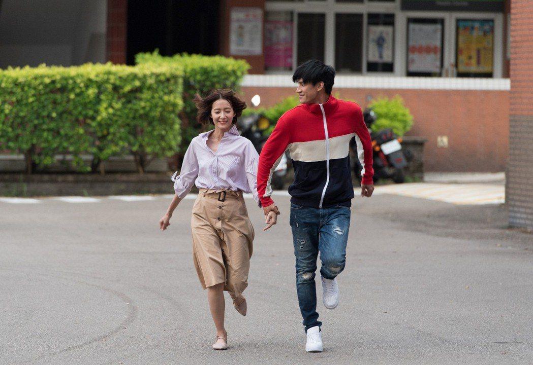 劉宇菁(左)與羅宏正  圖/三立提供
