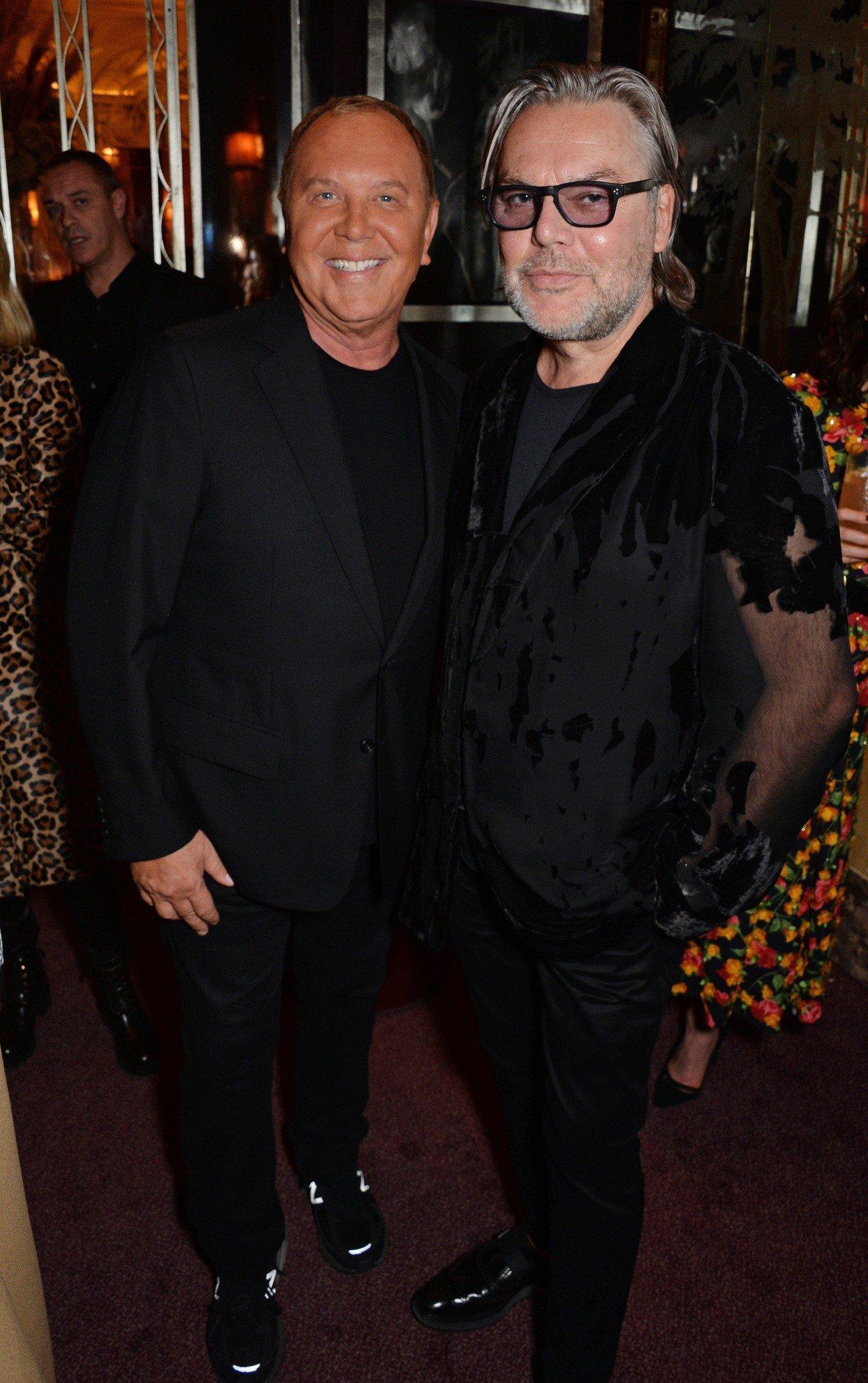 設計師Michael Kors與時尚藝術家David Downton出席倫敦的派...